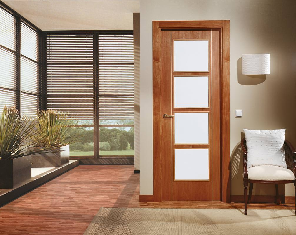 Crisang :: Puertas, suelos, armarios y materiales de decoración